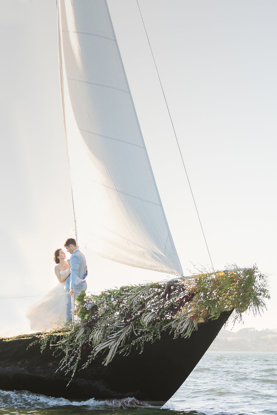 How to pull off a sailboat elopement